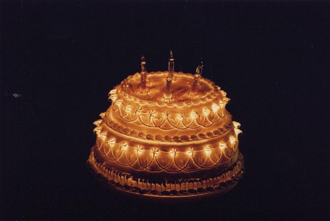 3 Sets of lights Cake