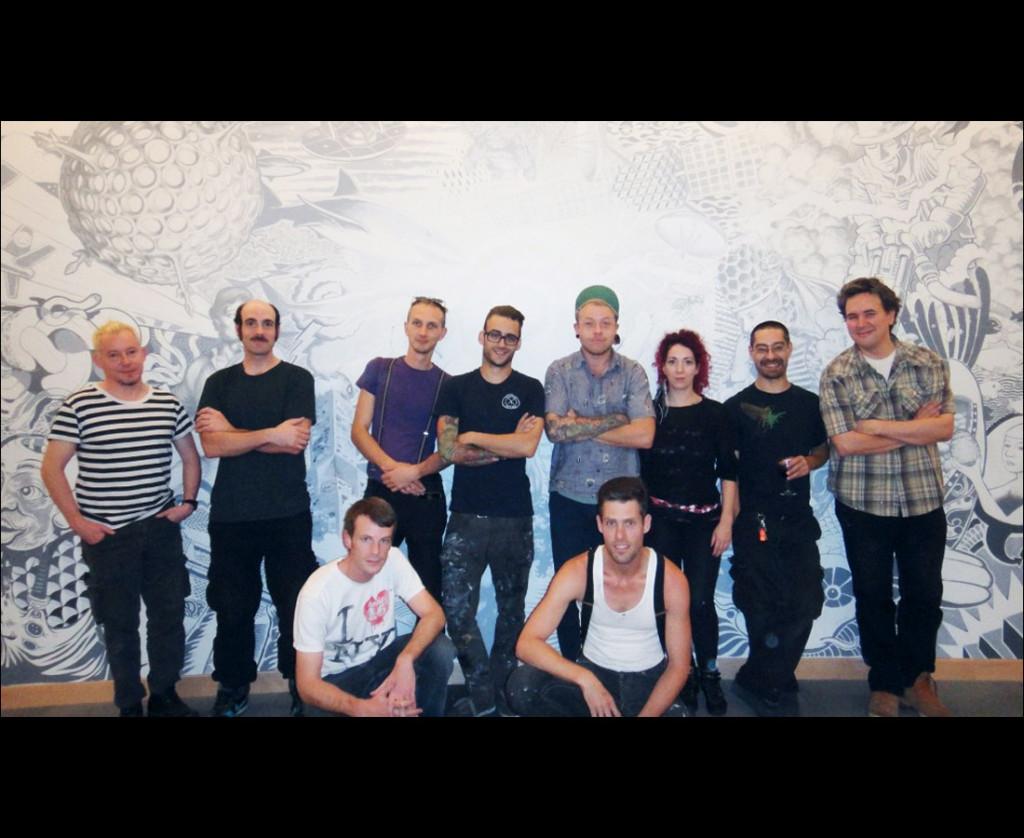 The En Masse Crew